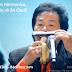 Video Harmonica - Bác Tòng Sơn, Vừa thổi Harmonica, vừa uống Bia và ăn Chuối