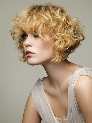 Natural & Fresh Curly Hairstyles