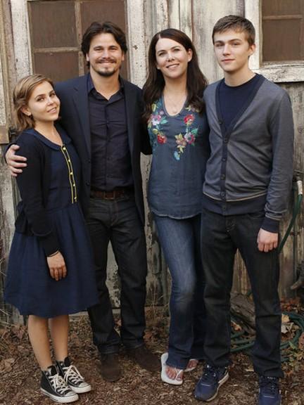 Parenthood - Season 4 Episode 01: Family Portrait