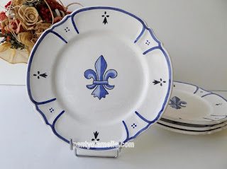 Antiques HB HENRIOT Quimper Art Pottery. Rare Quimper Bisquit Plate Blue and White Fleur-De-Lis Royal Lily Flower, Traditional Black Ermin spot Brittany in France. Stamped and Signed underside