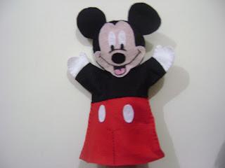 DSC05991 - Centro de mesa, lembrancinha, saquinho de guloseimas, Fantoche Mickey e Minnie em feltro