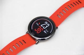 nuevo reloj inteligente de xiaomi con pulseras intercambiables.