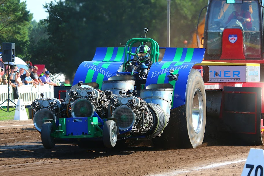 Tractor Pulling Dmax