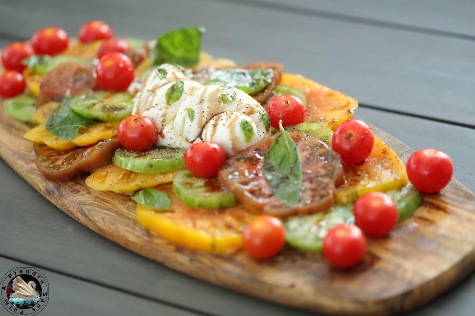 Salade tomates mozzarella treccia à partager