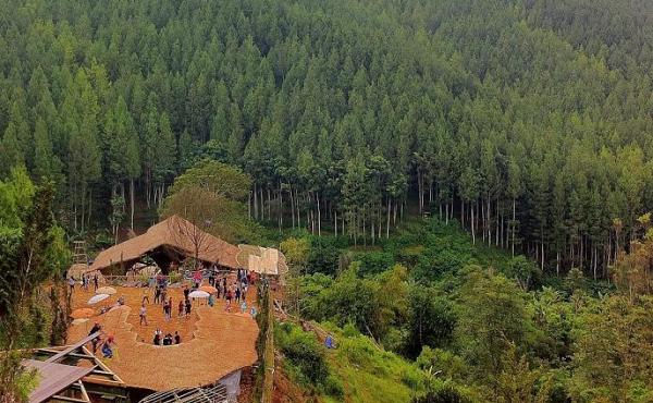 Harga Tiket Masuk The Lodge Maribaya Lembang