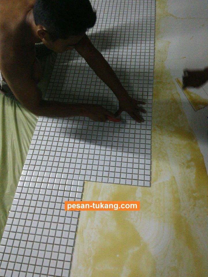 Memasang Keramik Dinding Dengan Lem - Inspirasi Desain ...