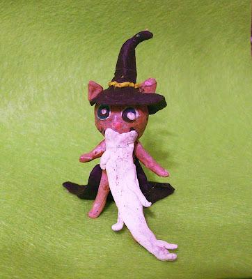 пластилиновый котик в костюме Черномора