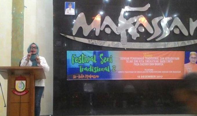 FOTO: Ketum JPN Hadiri Festival Seni Tradisional di Makassar