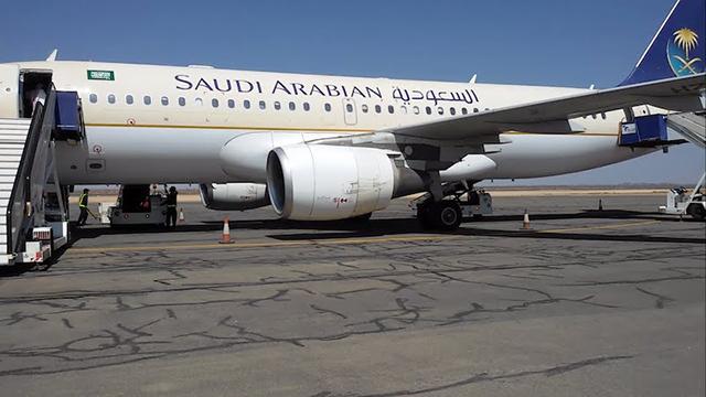 jom-lihat-ruang-solat-yang-begitu-selesa-di-atas-kapal-terbang-saudi-airline-2