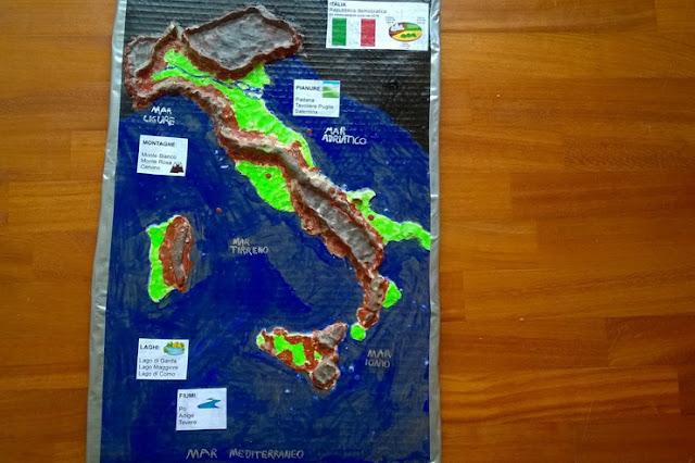 cartina tridimensionale italia scuola primaria