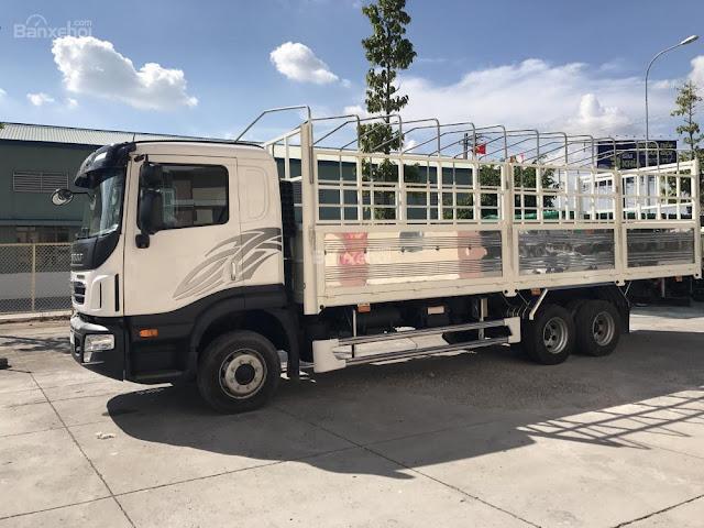 Xe tải Daewoo 3 chân Prima thùng bạt