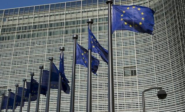 Ελλάδα, Ιταλία και Γαλλία «απειλούν» την Ευρωζώνη