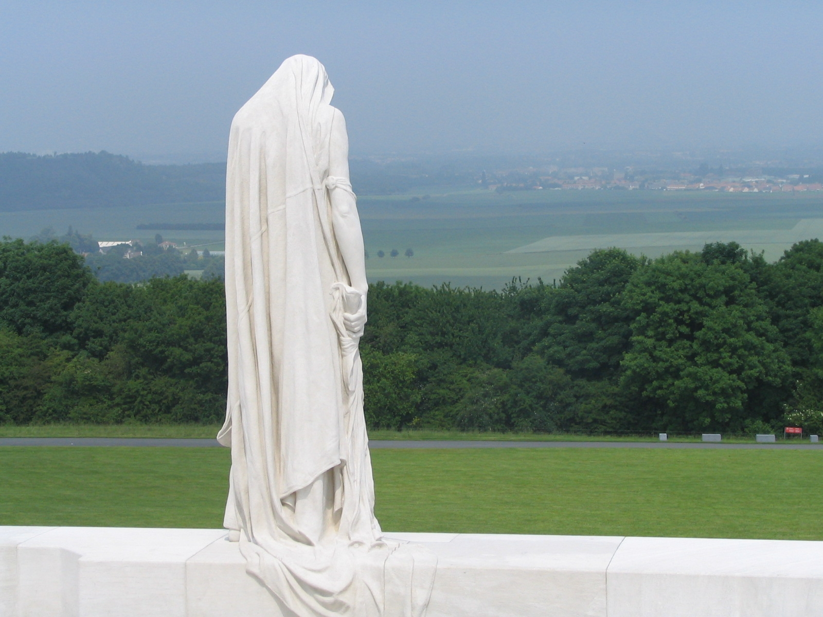 christopher moore s history news histories of the history of vimy  histories of the history of vimy ridge