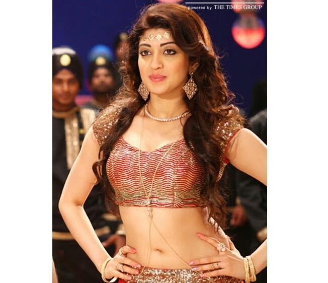 Pranitha Subash Top 100+ Seducing Navel Boob Cleavage Images