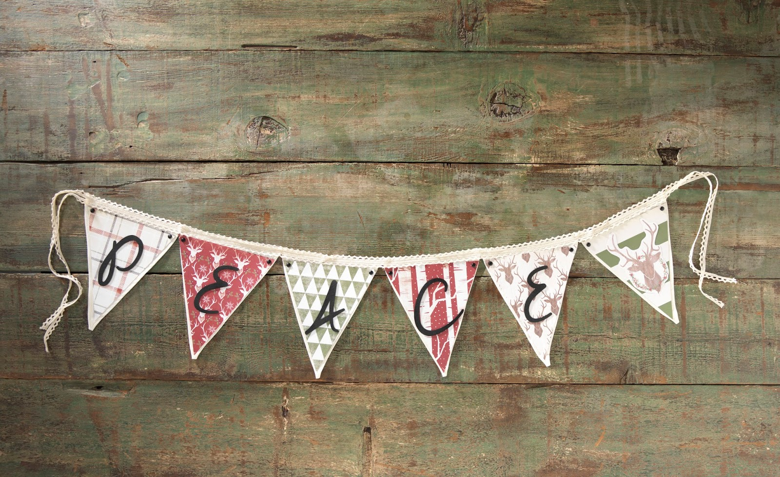 Peace Banner @craftsavvy @sarahowens #craftwarehouse #banner #holiday #decor #diy