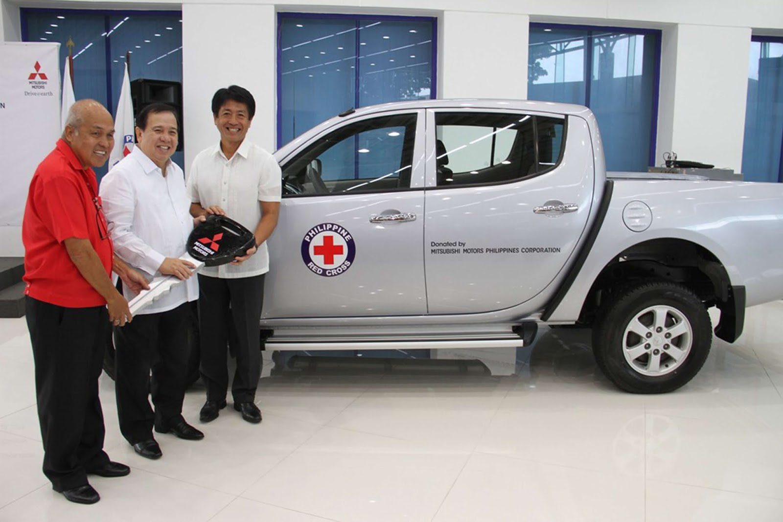 Mitsubishi Motors Philippines donates a brand new Strada to Philippine Red Cross