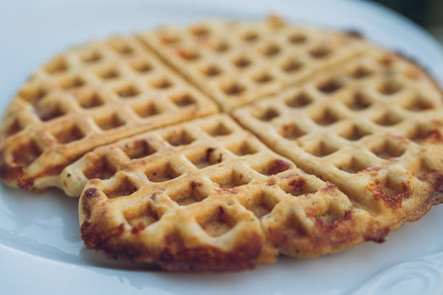 Outdoor Kitchen 09  Leckere Schinken-Käse-Waffeln aus dem Cast-Iron Waffeleisen  Waffle-Iron-Recipes  Rezepte Waffeleisen  Pie-Iron 10