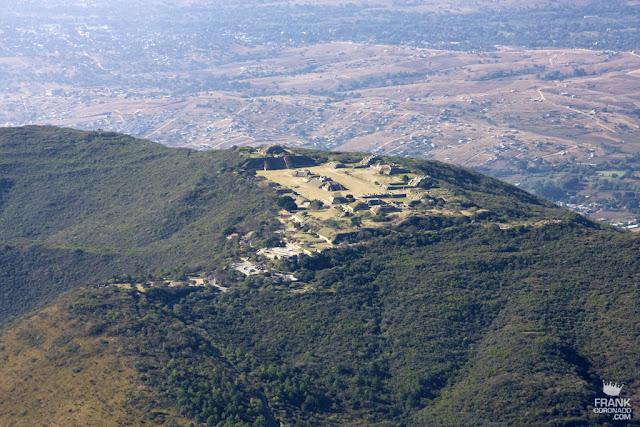 vista aerea de monte alban