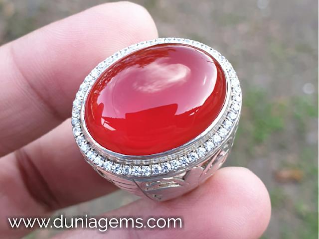Batu Cempaka Merah Sirup