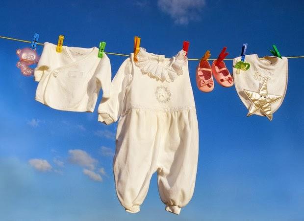 enxoval-de-bebe-lembrancinhas-chá-de-bebe-maternidade-roupinhas-de-bebe-fraldas