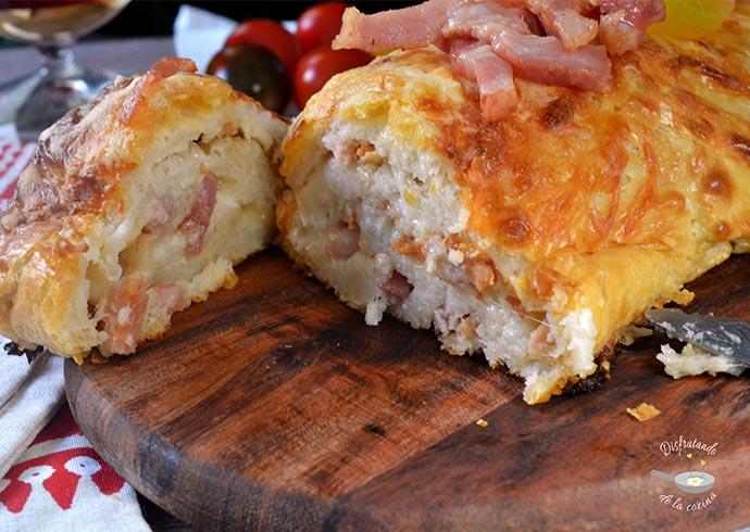 Tronco salado de beicon y queso (Receta fácil)