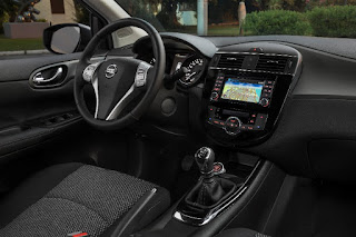Nissan Pulsar N-Connecta Style Edition (2017) Dashboard