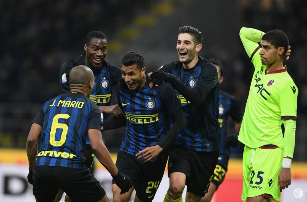 Com gol de bicicleta do zagueiro Murillo, Inter de Milão avança às quartas da Copa da Itália (Foto: Inter de Milão/Divulgação)