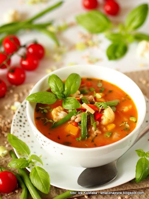 kolorowa zupa, warzywa, peczak, warzywny kociolek, wloszczyzna, poltino, obiad, zupa dnia, zupy, domowe jedzenie, kolory lata