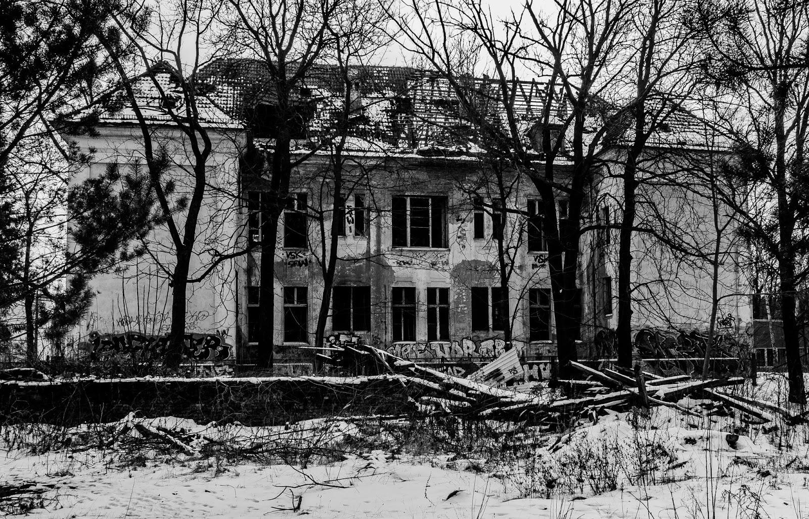 Rotten Ruins Berlin Urbex Königin Elisabeth Krankenhaus