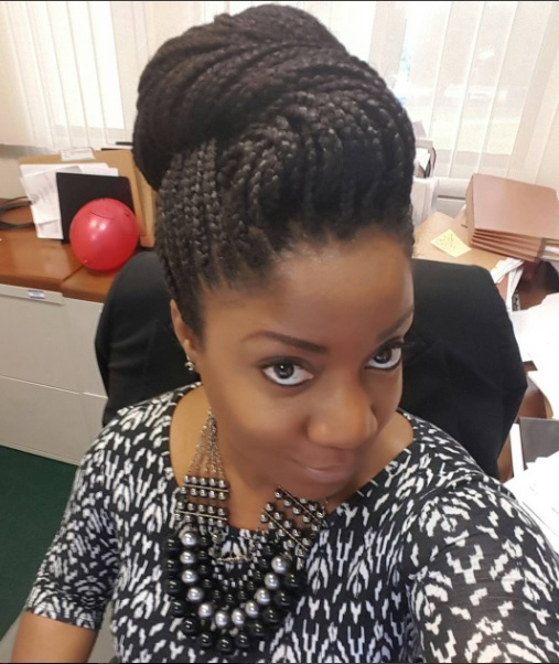 Click here to buy African Pride Black Castor Miracle Extra Hold Braid, Loc, Twist Gel for smoother box braids.