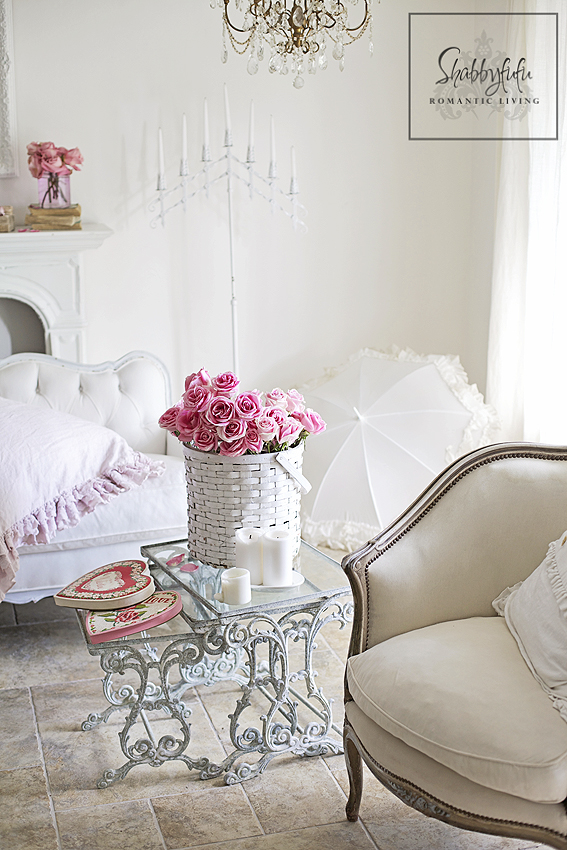 Styling A Romantic Living Room For Valentine 39 S Day Shabbyfufu