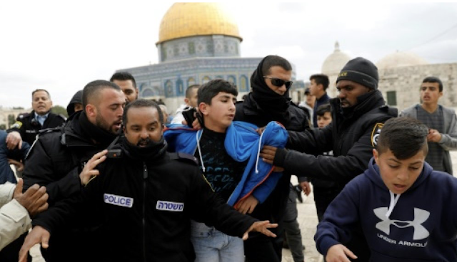 Israel arrests top Muslim official after holy site unrest