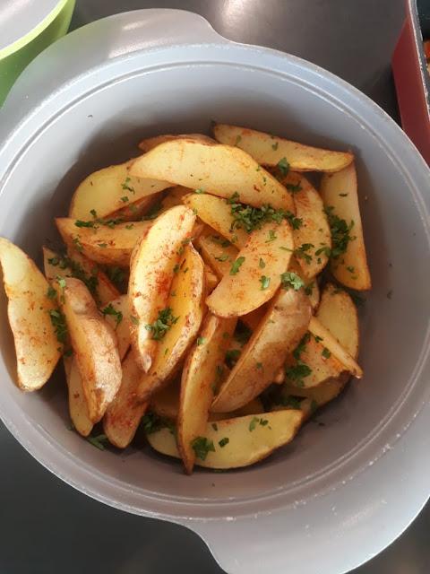 olahan kentang panggang khas masakan western