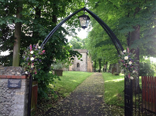Ceremony Flowers Norfolk – Church Gates