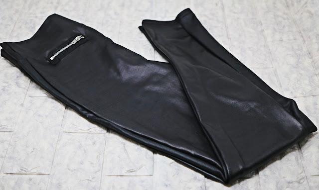 pantalone finta pelle