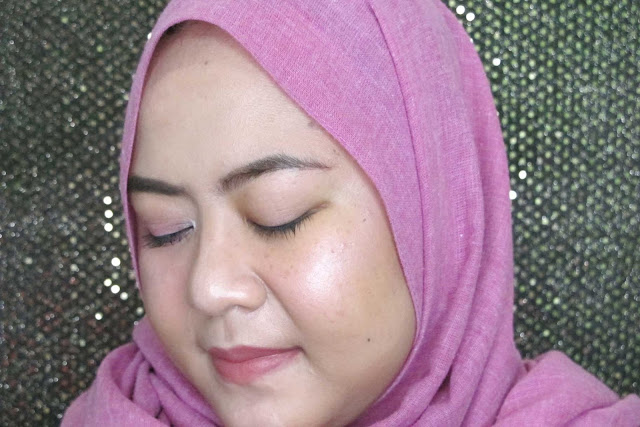 Review-Biore-Perfect-Cleansing-Water-wajah-bersih-sempurna-bebas-makeup