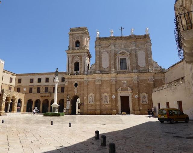 Piazza del Duomo di Brindisi