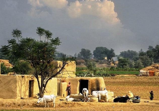 Paki Fashion 2012 Village life in Pakistan