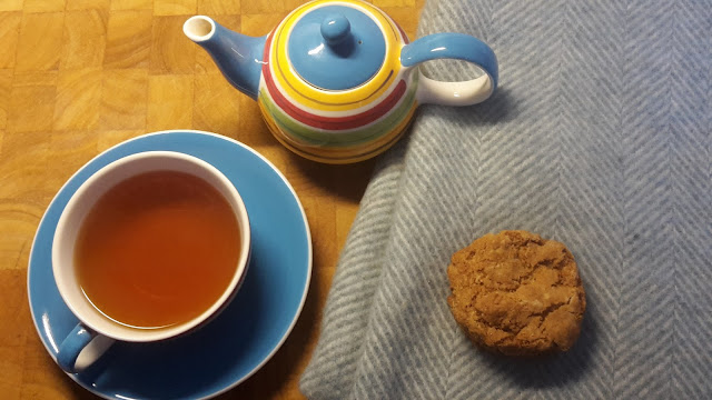 Project 366 2016 day 36 - Tea and cookies // 76sunflowers