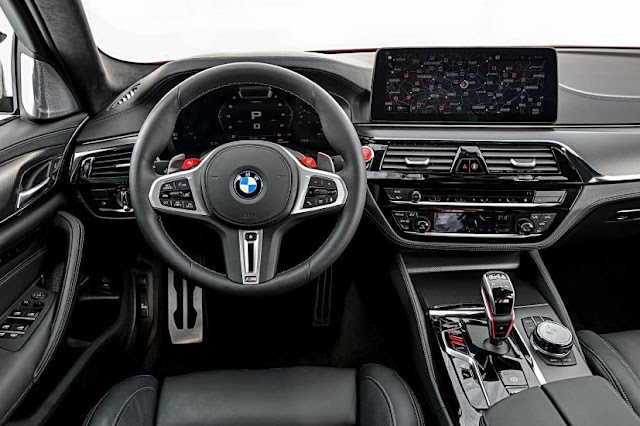 new-bmw-m5-facelift-steering-wheel-and-multimedia-screen-display