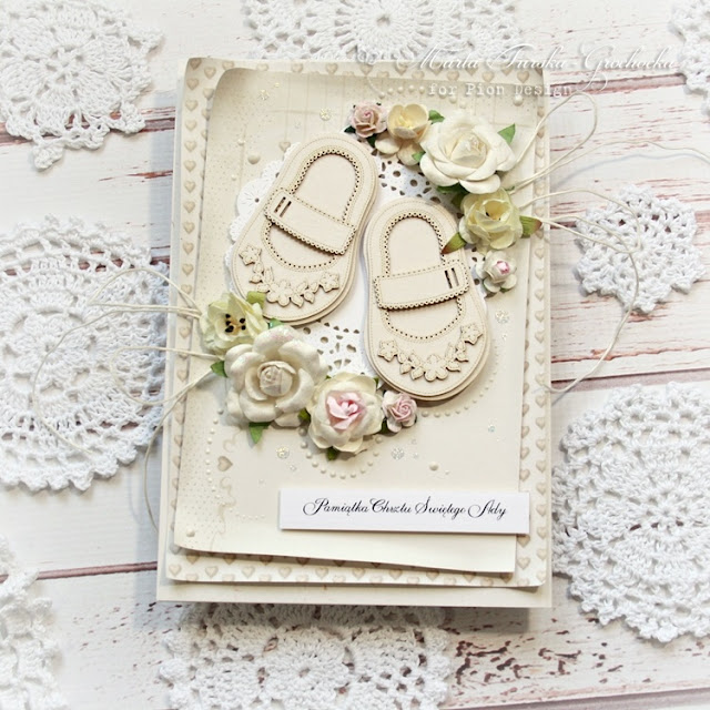 Tiny shoes card