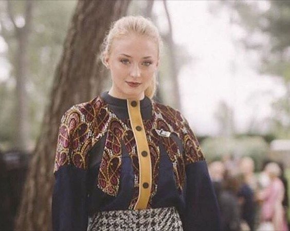 Sophie Turner, Bad At Keeping Secrets, As She Reveals The End Part Of Game Of Throne To Her Friends.