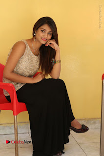Tollywood Upcoming Actress Arthi Stills in Black Skirt at Plus 1 Movie Trailer Launch  0120.JPG