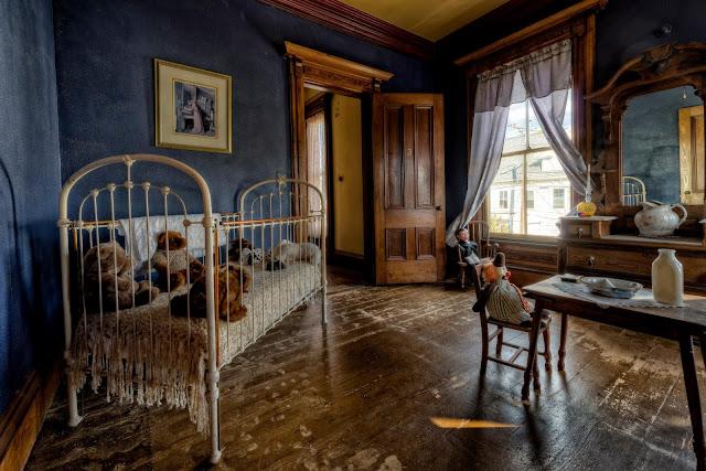 Cuarto de juegos - Hounted Victorian House