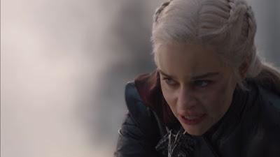 Daenerys de Juego de Tronos quemando Desembarco del Rey