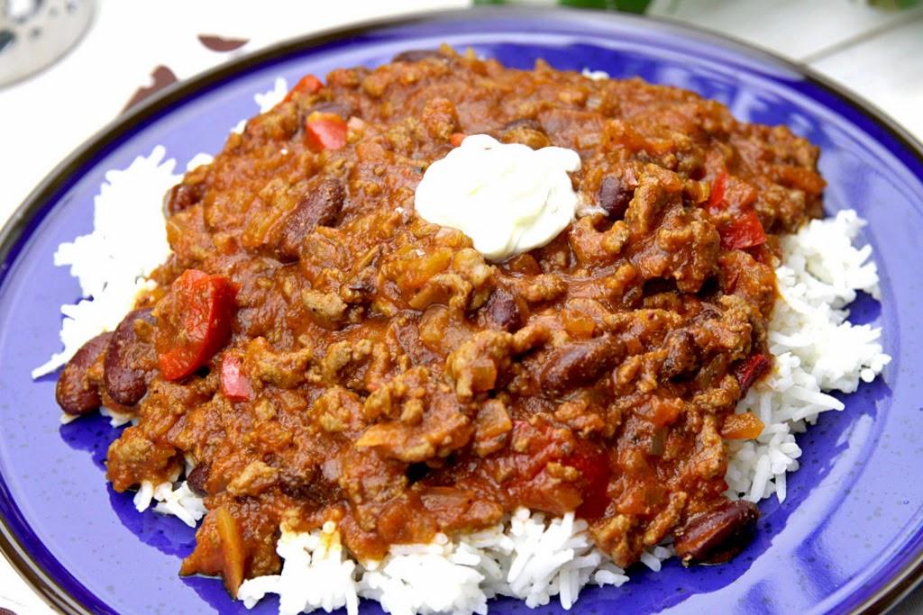 chili con carne, chili z mięsa mielonego, dania z mięsa mielonego,