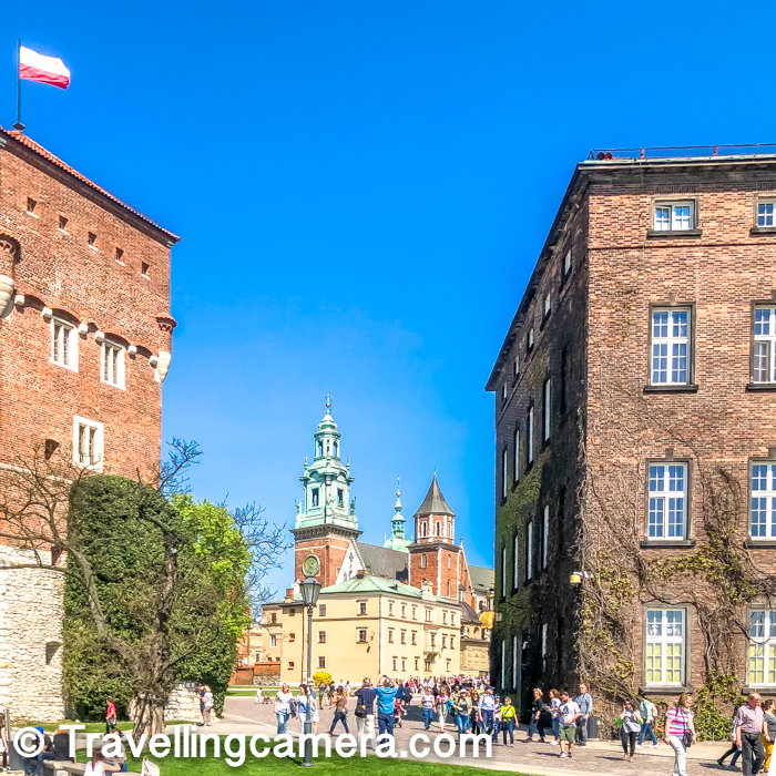 Wawel Castle being one of the oldest polish castles has variety of European architectural pieces from different time-periods. This Castle was declared UNESCO World Heritage site in 1978 and since then footfall in this beautiful castle has increased. Above photograph shows the amount of people you see inside the castle at any point of time.     Related post : Grand Theatre, Warsaw - One of the largest theaters in Europe and in the World