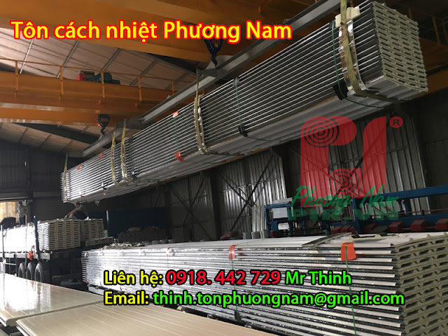 Dong-hang-van-chuyen-ton-cach-nhiet-Phuong-Nam