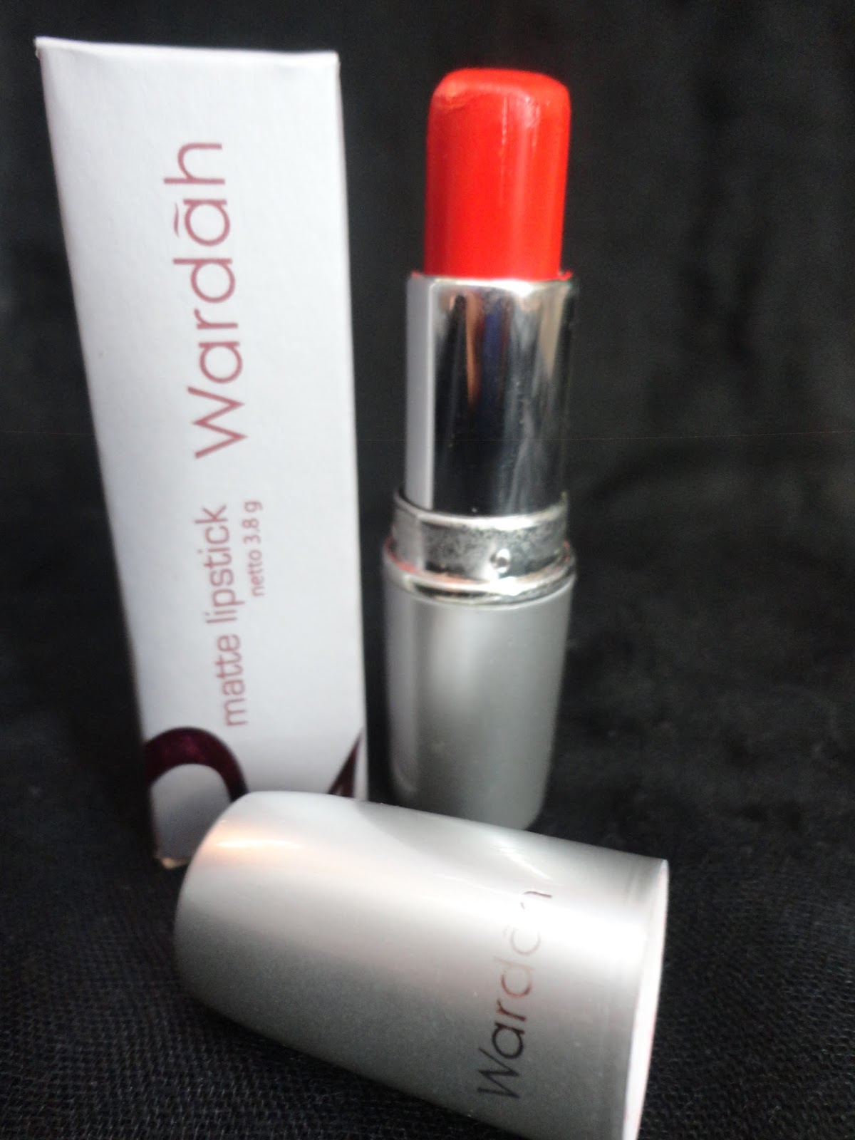 Makeupningrumium Review Wardah Matte Lipstick No4 Orange