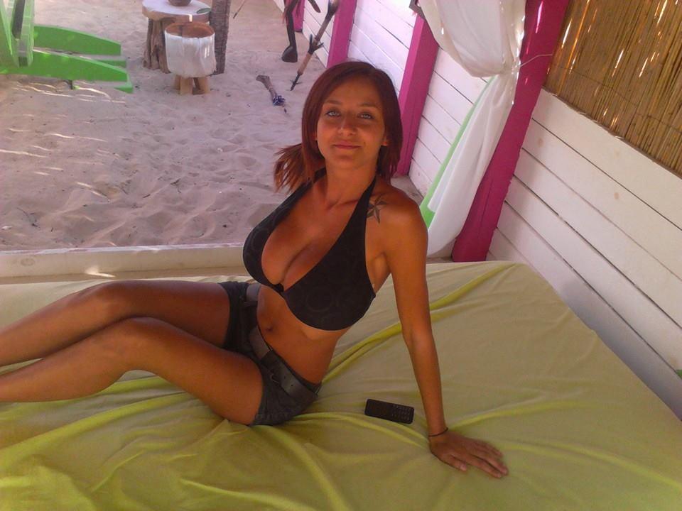 Busty women: Gabriela B